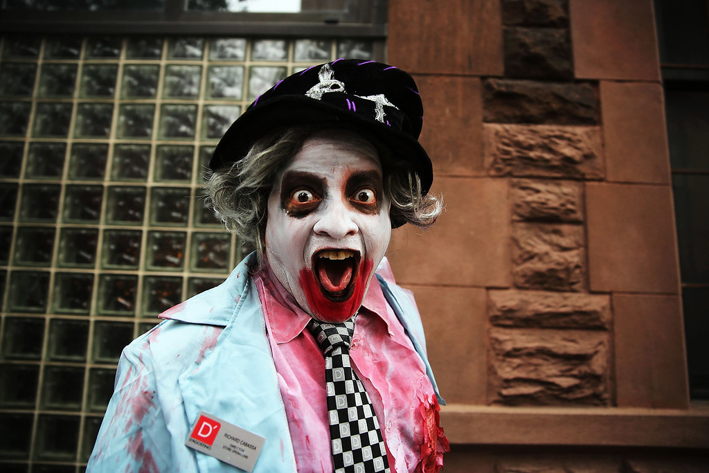 . A man poses while in costume on a West Village street on Halloween day on October 31, 2013 in New York City. New Yorkers are making last minute preparations to costumes before the start of the annual Halloween Parade in the West Village.  (Photo by Spencer Platt/Getty Images)