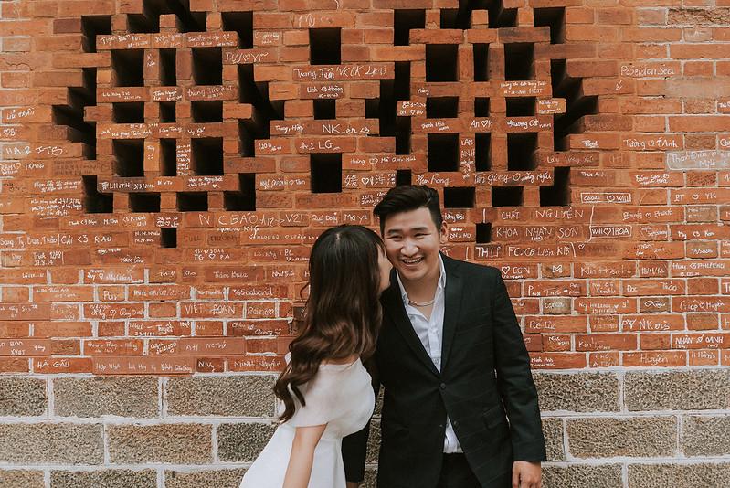 Tu-Nguyen-Destination-Wedding-Photographer-Saigon-Engagement-Shooting-Vietnam-Videographer-6.jpg