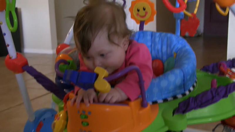 Alana Playing