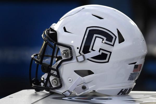SP-FB-UConn-Helmet