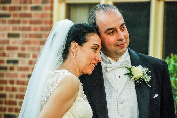Posing for The Wedding Photographer Eliot Khuner 2010 Wk1