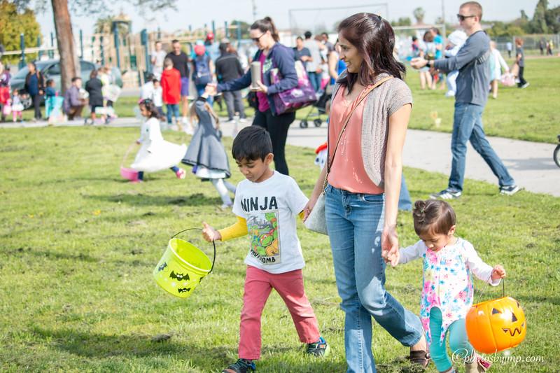Community Easter Egg Hunt Montague Park Santa Clara_20180331_0061.jpg