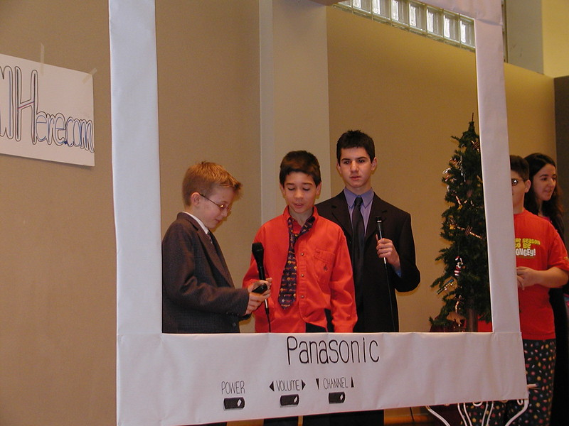 2002-12-21-HT-Christmas-Pageant_037.jpg