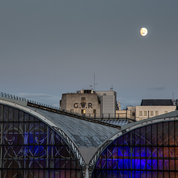 Moonrise at Paddington