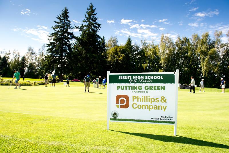 2015 Golf Classic-5558-300 DPI.JPG