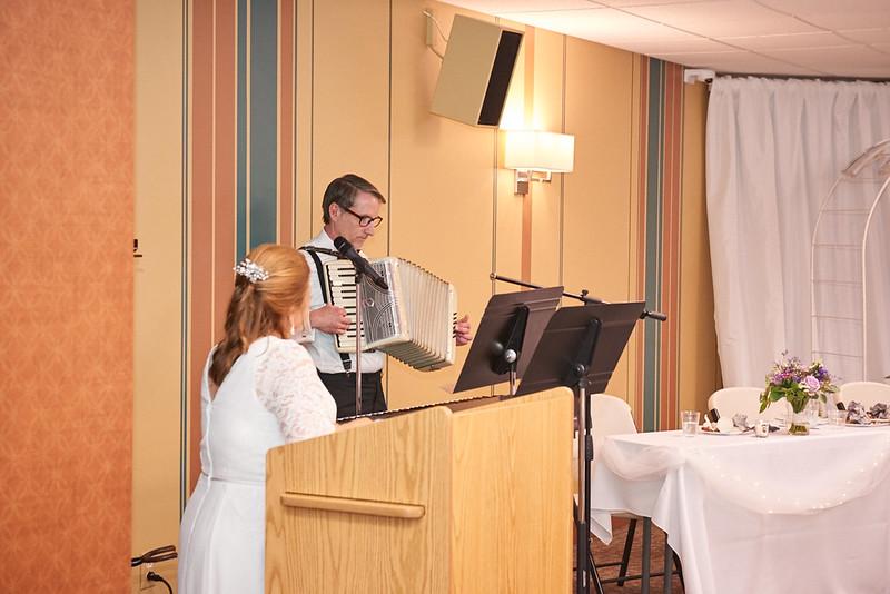 Bartch Wedding June 2019__467.jpg