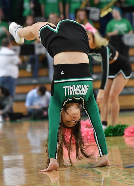 cheerleaders3323.jpg