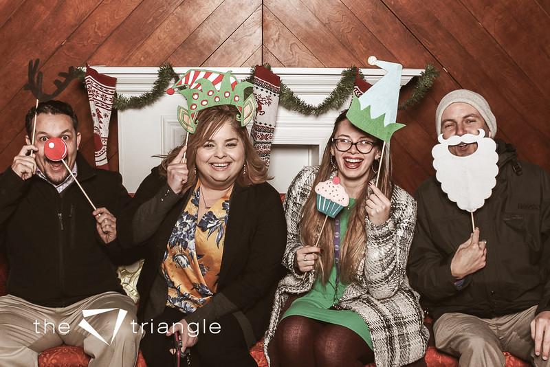 awkward-family-photo-booth-099.jpg