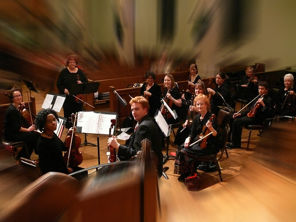 Georgene Recchio and the Simple Gifts String Ensemble