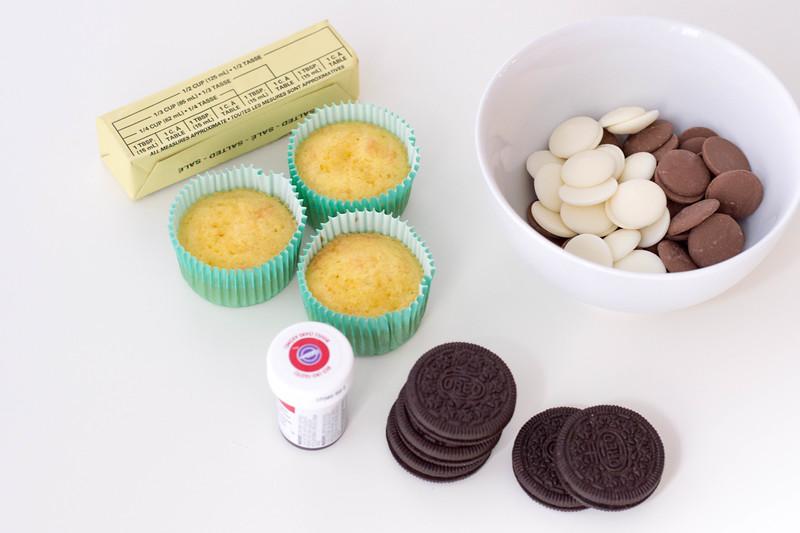 GingerbreadOreoCupcakes-ingredients1.jpg