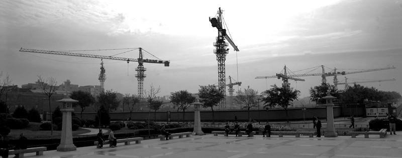 China 213 Cranes Skyline.jpg