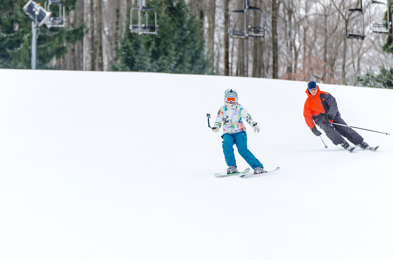 Opening-Day-Slopes-2014_Snow-Trails-70895.jpg