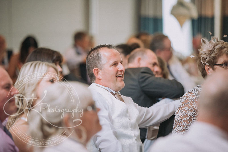 Justine & Nick-Wedding-By-Oliver-Kershaw-Photography-184108.jpg
