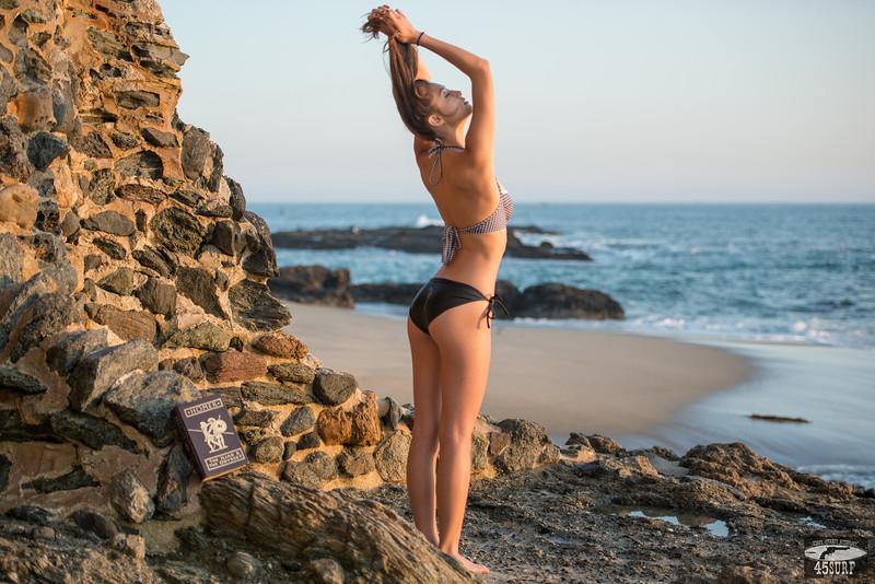 Nikon D800 E Photos of Swimsuit Bikini Model @ Sunset!