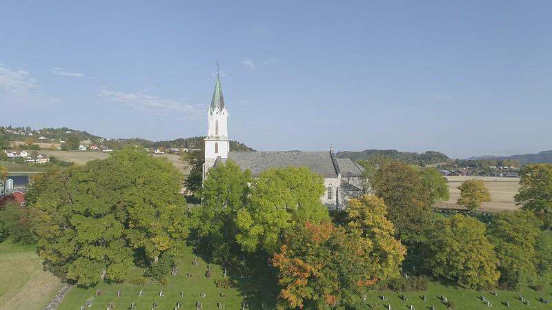 DJI_0010x Sakshaug kirke reverse.MOV