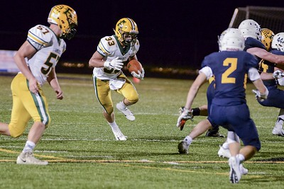 Scagliozzo rushes for 285 yards, 4 TDs as Amherst beats North Ridgeville