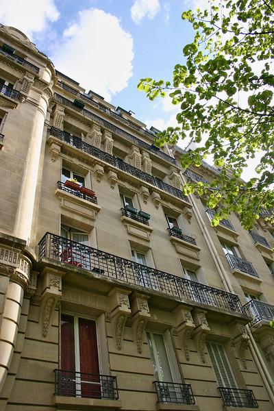 Parisian apartments near Eiffel Tower
