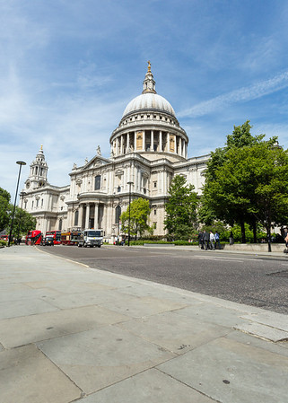 Keep Britain Tidy - London Landmarks: Cigarette butts campaign