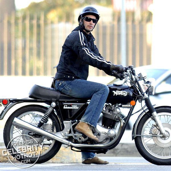 EXC: Keanu Reeves On Norton 750 Commando Motorbike!