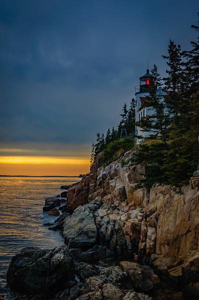 lighthouseverticaljL.jpg
