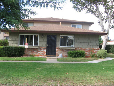 ***Leased*** 2 bedroom 1 bath townhome 9932-1 Mission Vega Road  Santee Ca. 92071