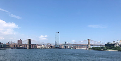 Brooklyn Bridge vanaf rondvaartboot