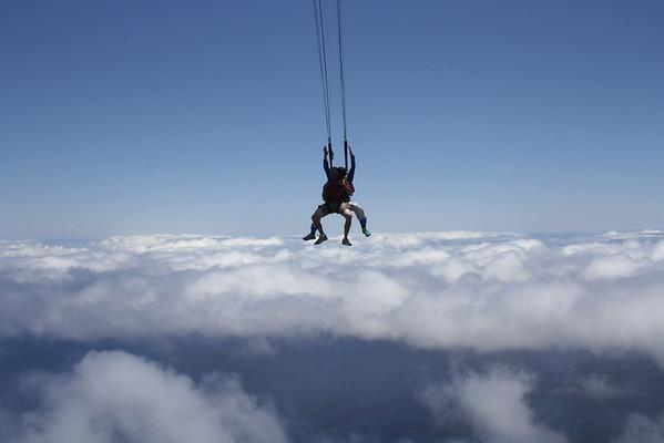 Tom's SkyDive