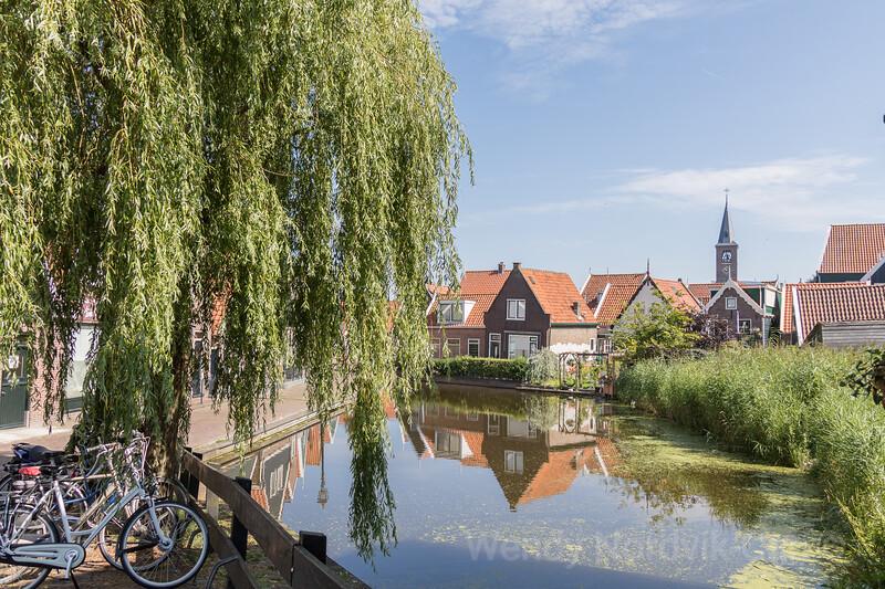 Explore Volendam