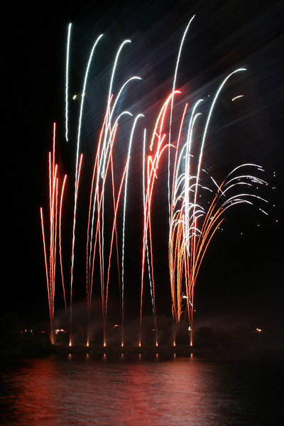 Southport 2008 Phoenix Fireworks
