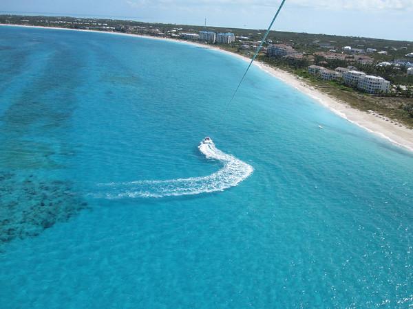 2011.11.29 Parasailing Turks and Caicos