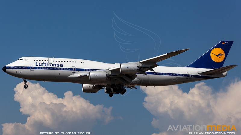 D-ABYT_Lufthansa_B747-830_Retro_L.jpg