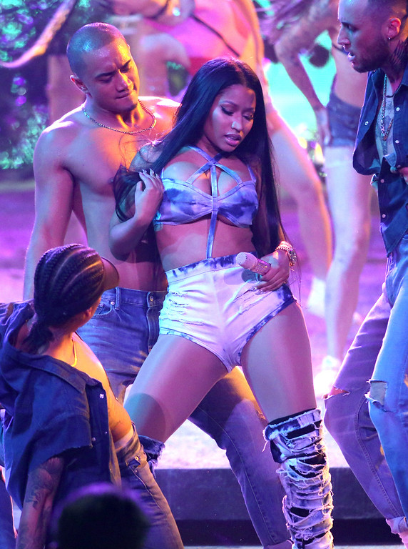 ". Nicki Minaj performs ""Side To Side\"" at the American Music Awards at the Microsoft Theater on Sunday, Nov. 20, 2016, in Los Angeles. (Photo by Matt Sayles/Invision/AP)"