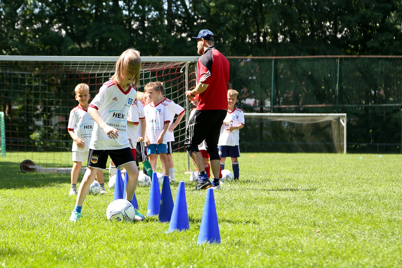hsv_fussballschule-395_48047996758_o.jpg