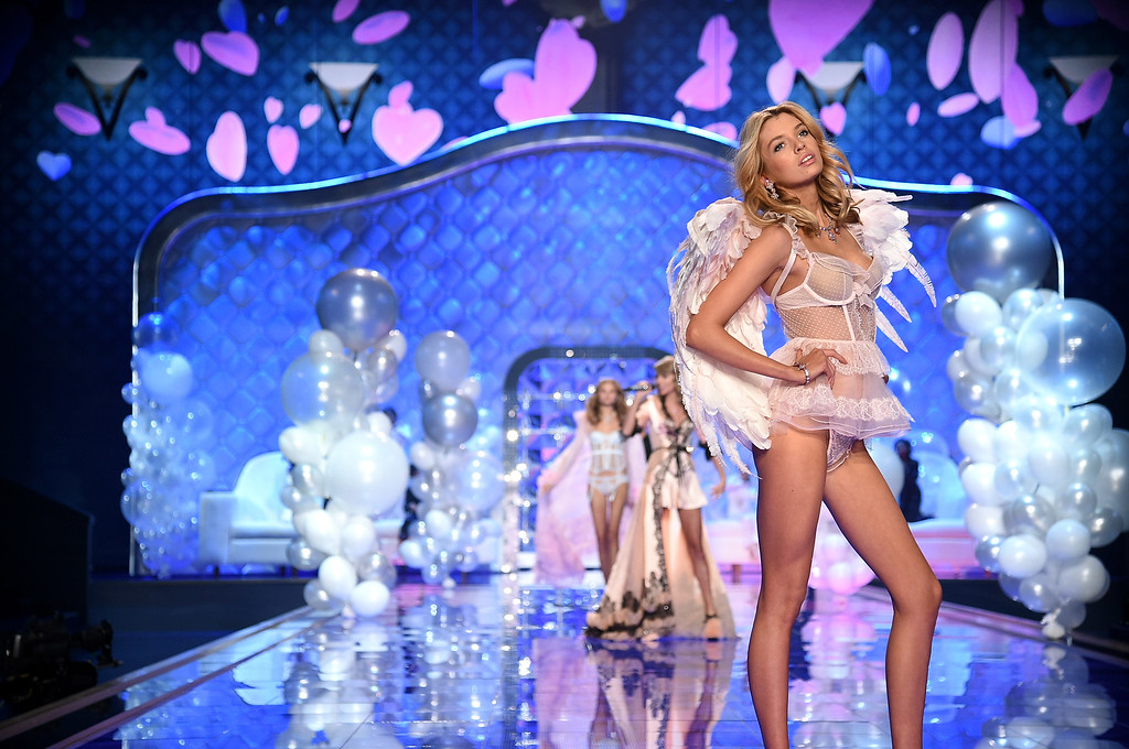 . Victoria\'s Secret model Stella Maxwell walks the runway during the 2014 Victoria\'s Secret Fashion Show at Earl\'s Court exhibition centre on December 2, 2014 in London, England.  (Photo by Dimitrios Kambouris/Getty Images for Victoria\'s Secret)