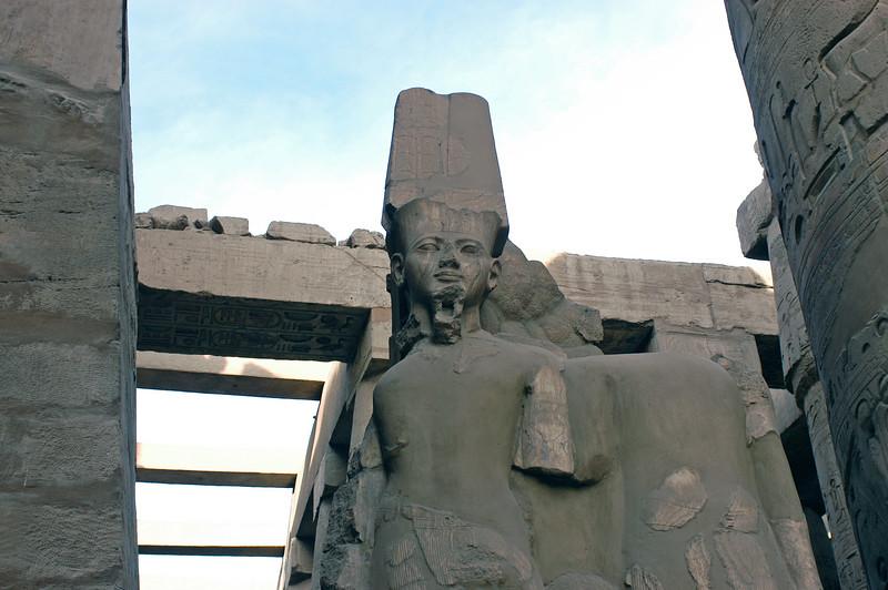 Karnak Temple 01.08.06 0010.jpg