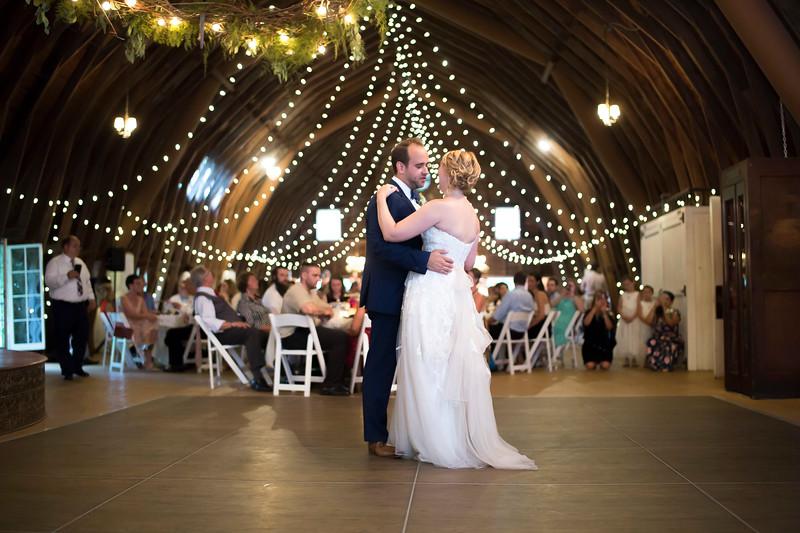 Garrett & Lisa Wedding (570).jpg