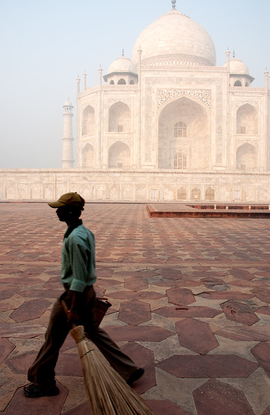 Sweeper at the Taj Mahal, Agra, India