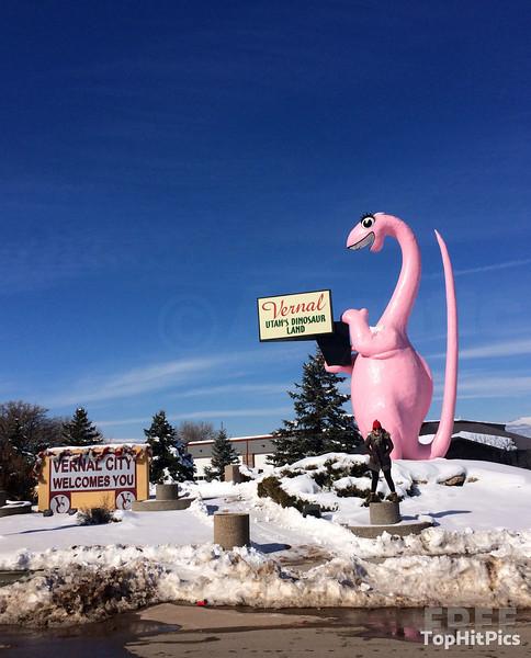 'Dinah The Dino' Sign and Dinosaur Statue in Vernal, Utah