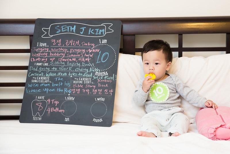 Seth 10 month-5097.jpg