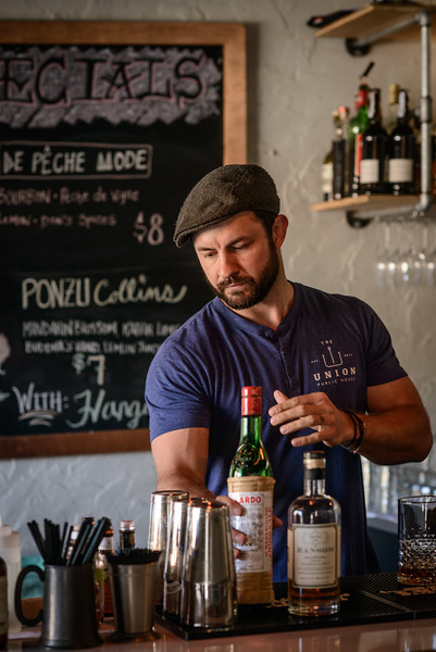 Union Public House Co-Owner Patrick Bolster makes a New York Sour