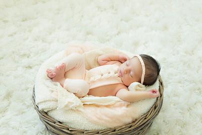 Dylan L Newborn