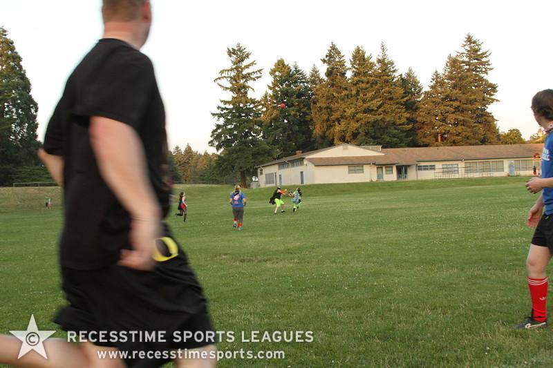Recesstime_Portland_Kickball_20120710_2060.JPG