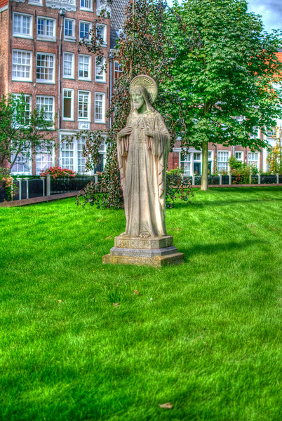 Jesus statue in Amsterdam in pseudo HDR