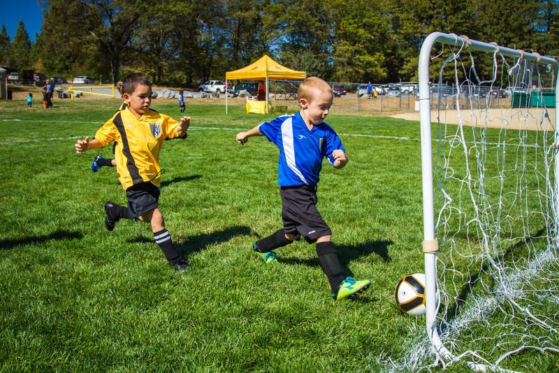 10-05 Soccer-155.jpg