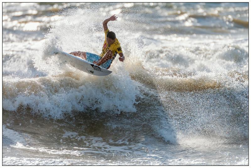 082414JTO_DSC_3253_Surfing-Vans Pro-Takumi Yasui- Rd4 Heat 3.jpg