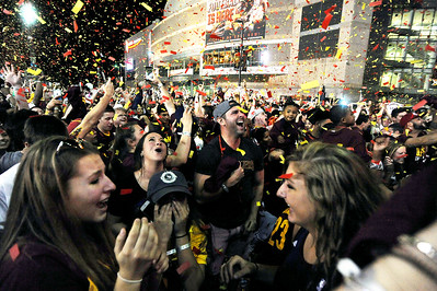 Cavs fans celebrate at Quicken Loans Arena