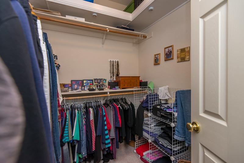 DSC_4829_closet.jpg