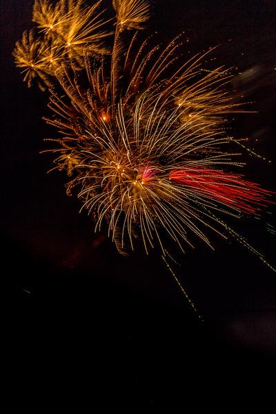Fireworks 190629221747 2749.jpg
