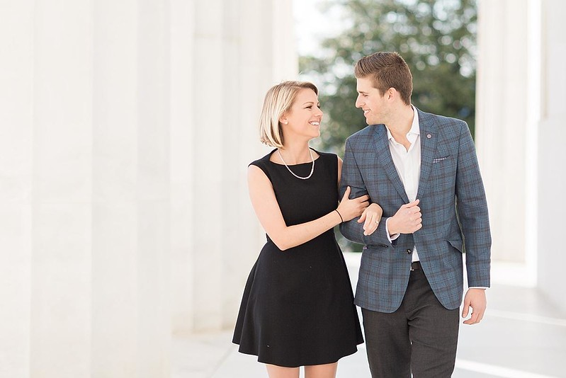 Lincoln-Memorial-Engagement-Session-Photo_0002.jpg