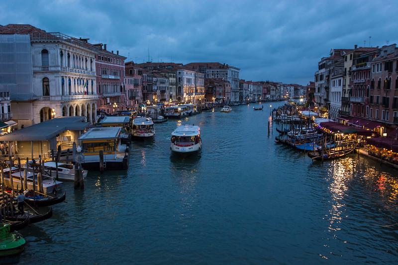 ונציה בלילה 2.jpg